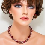 Glass pearls burgundy red/brown set